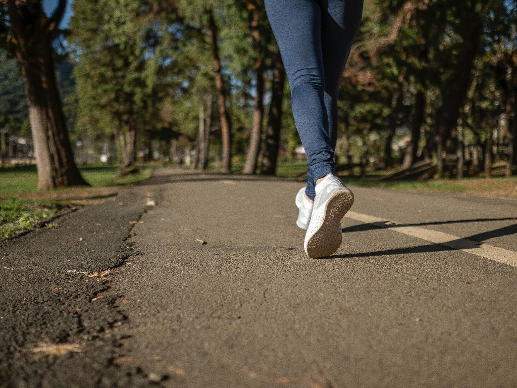 Meski Olahraga Ringan Berjalan Punya Sejumlah Manfaat