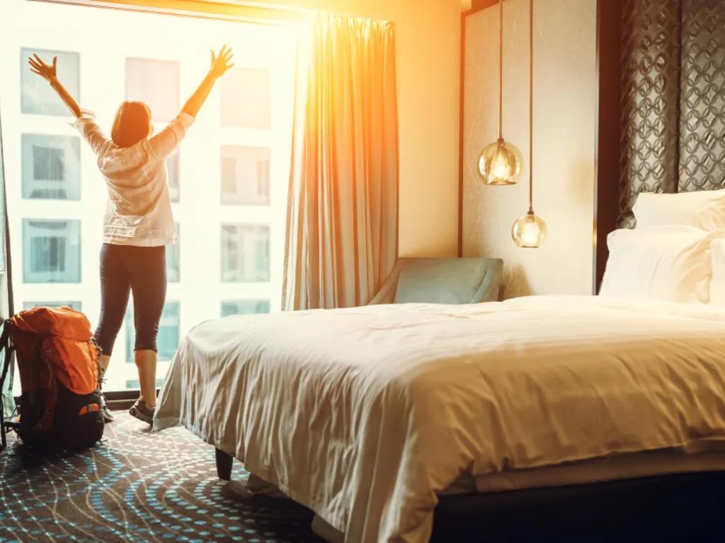 Staycation di Hotel Jadi Alternatif Liburan di Masa New Normal