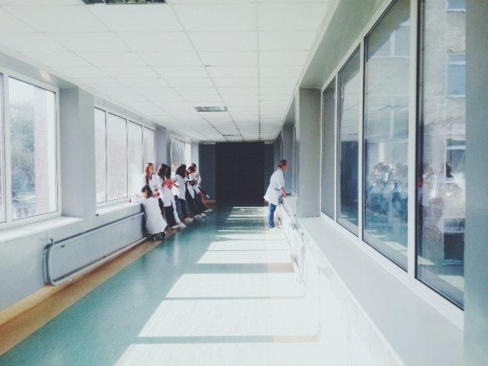 Rumah Sakit di Thailand Digerebek Karena Dicurigai Jadi Sarang Narkoba dan Pesta Seks
