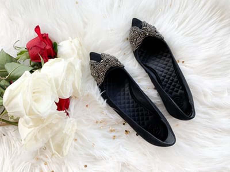 Selain Heels Ini 3 Model Sepatu yang Cocok Dipakai Kondangan