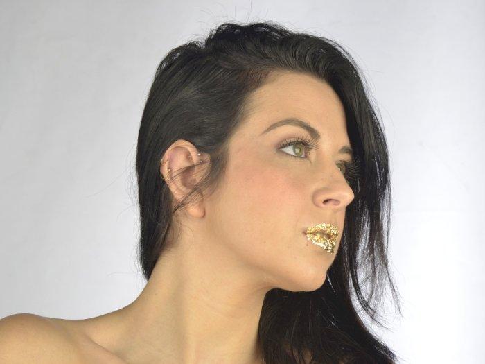 Tips Dapatkan Tampilan Gold saat Pesta Akhir Tahun