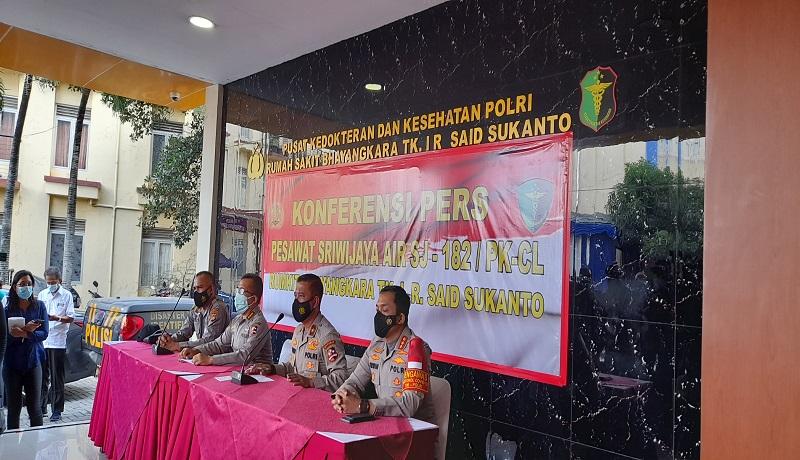 RS Polri Terima 16 Kantong Jenazah Korban Sriwijaya Air