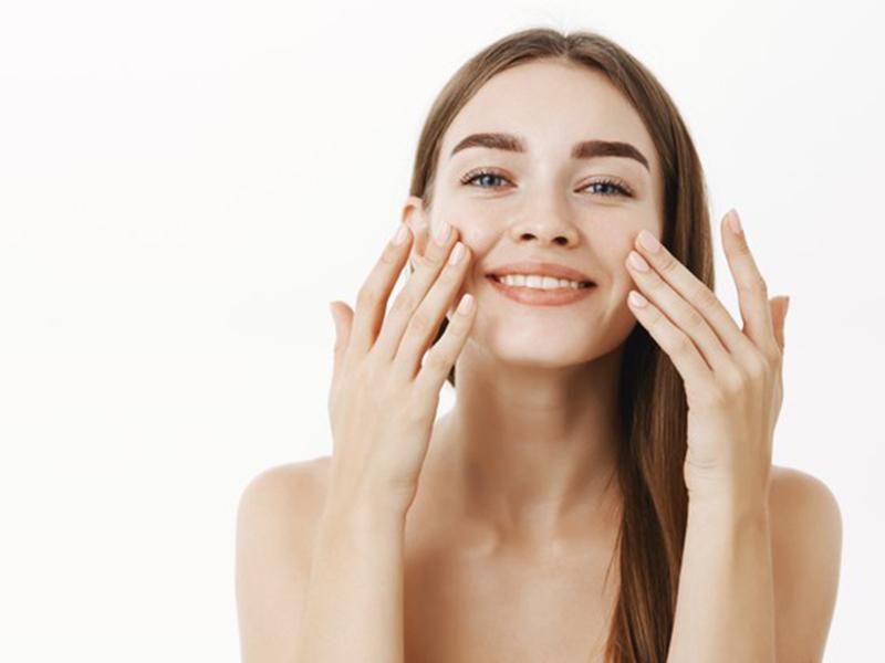 3 Rangkaian Skincare Ini Bisa Bikin Wajah Glowing Yuk Buktikan