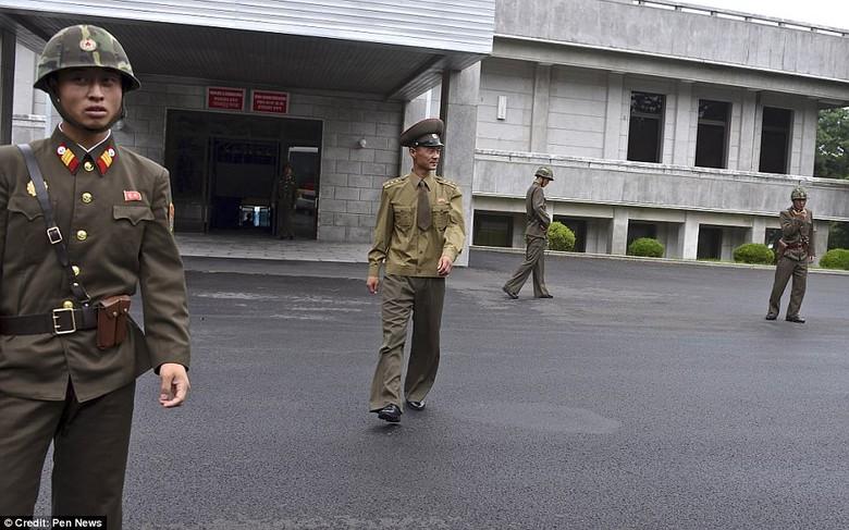 Kwikku, Markas Tentara di Korea Utara