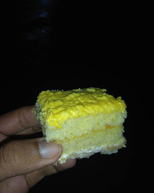 Kwikku, Makobu Cake