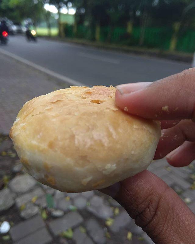 Kwikku, Pia Cap Mangkok
