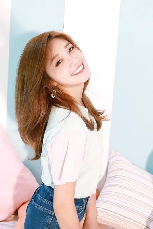 Kwikku, Jung Eun Ji  Apink