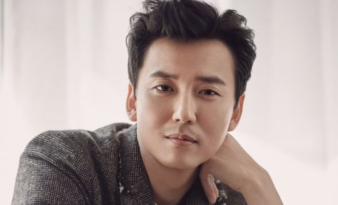 Kwikku, Kim Nam Gil sebagai Kim Hae Il Hot Blooded Priest