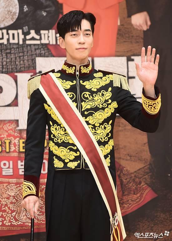 Kwikku, Shin Sung Rok