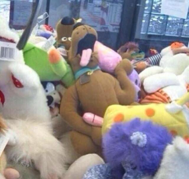 Kwikku, Suka main ini kan kalau lagi di mall tapi lagi ngapain tuh Scooby Doo nya Janganjangan