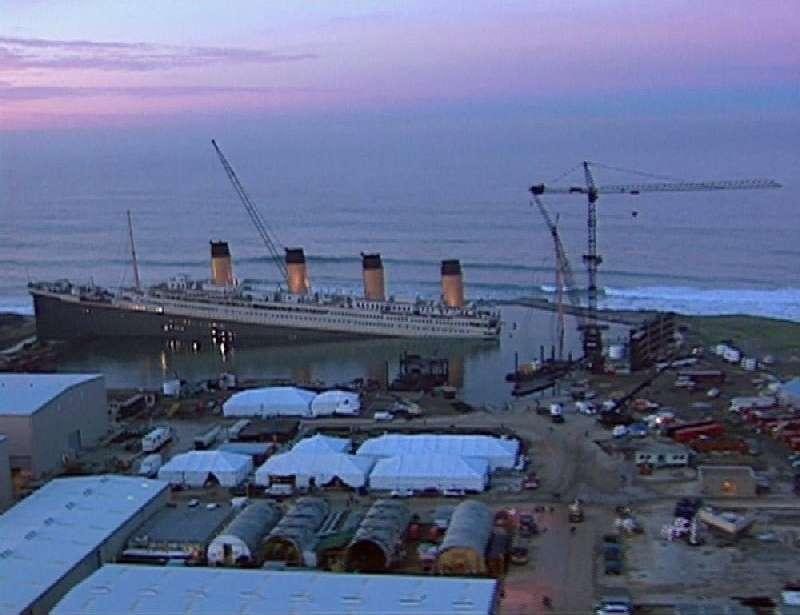 Kwikku, Ini nih pemandangan di lokasi syuting film Titanic Jadi bukan di laut lepas ya guys