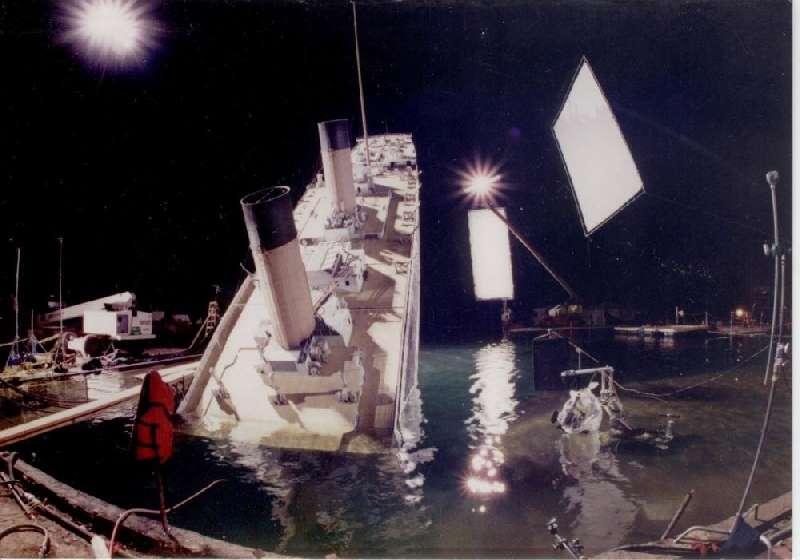 Kwikku, Proses saat kapal mulai tenggelam
