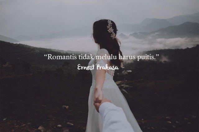 Kwikku, Cinta itu sederhana dan romantis tidak selalu puitis Sama seperti kutipan dari Ernest Prakasa