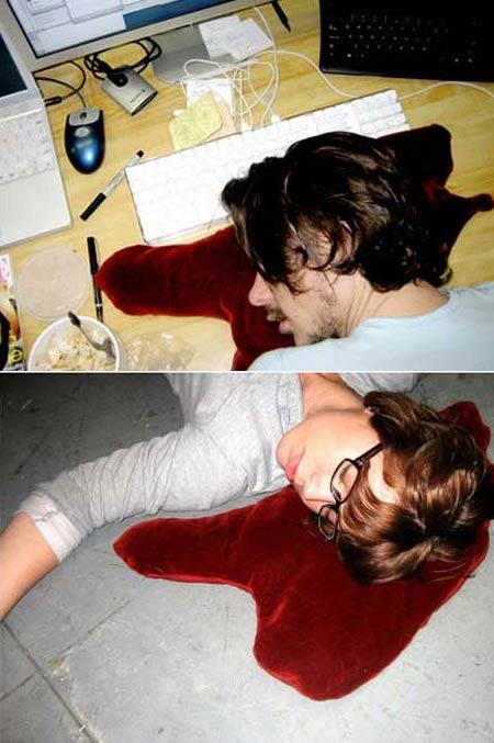 Kwikku, Bantal genangan darah