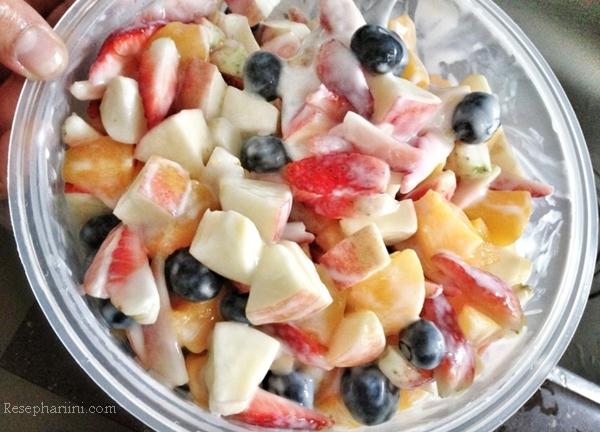 Kwikku, Salad buah
