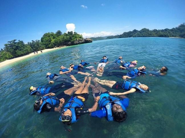 Kwikku, Wajib Memakai Pelampung Saat Snorkeling