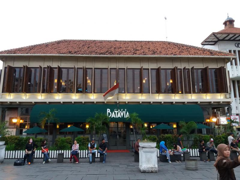 Kwikku, Cafe Batavia