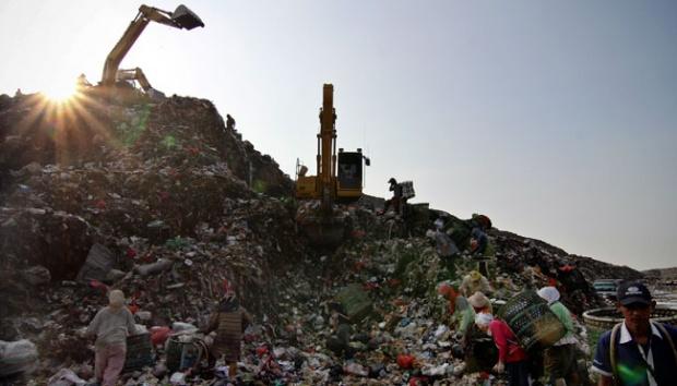 Kwikku, Tiap  Hari Jakarta menghasilkan Sampah seluas Candi Borobudur