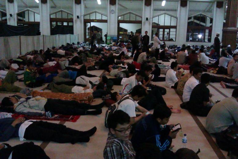 Kwikku, Masjid Yang Mulai Ramai