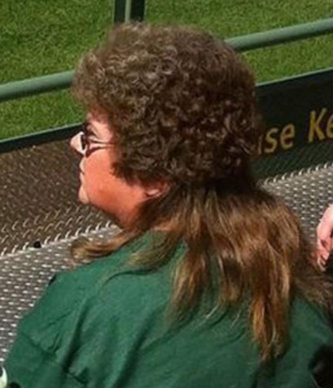 Kwikku, Dua model rambut disatu kepala Model kriting sekaligus lurus diujung seperti ini kreatif ya guys