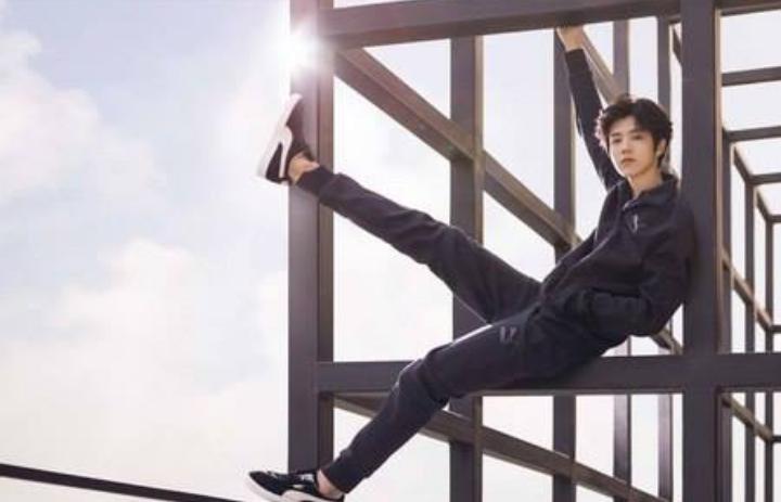 Kwikku, Seperti kebanyakan orang Luhan juga takut dengan ketinggian Dia sempat stress saat harus sering naik pesawat untuk pekerjaan diluar negeri tapi dia bisa mengatasinya