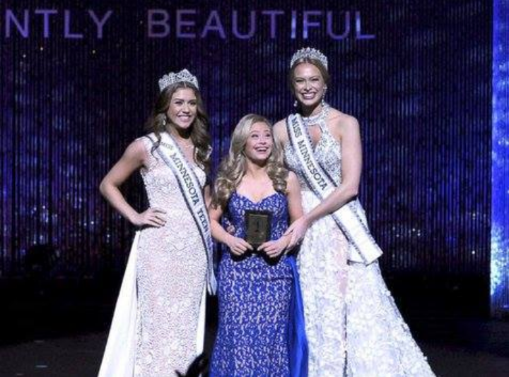 Kwikku, Saat ini Mikayla disibukkan dengan kegiatan organisasi nonprofit sejak dikenal melalui Beauty Pageant