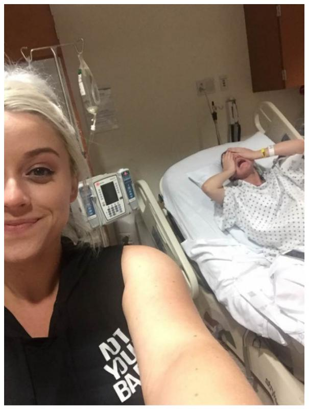 Kwikku, Sempatsempatnya selfie ketika kakaknya melahirkan