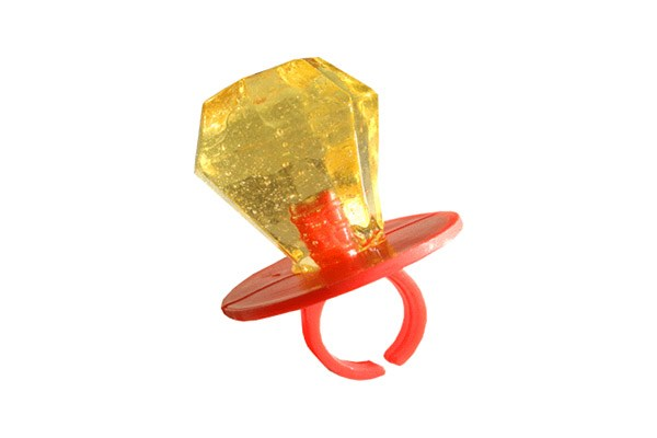 Kwikku, Jaman dulu pernah beken nih alaala melamar pakai cincin permen