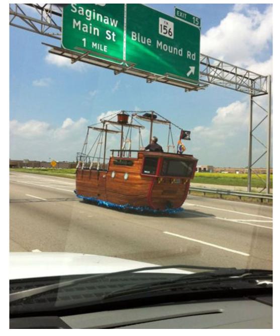 Kwikku, Berlayar ditengah jalan raya