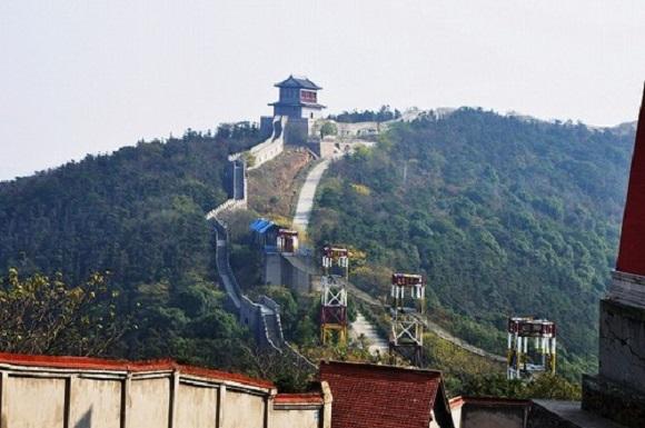 Kwikku, Banyak simbol ikonik dunia seperti Patung Liberty Arc de Triomphe dan Tembok Besar China