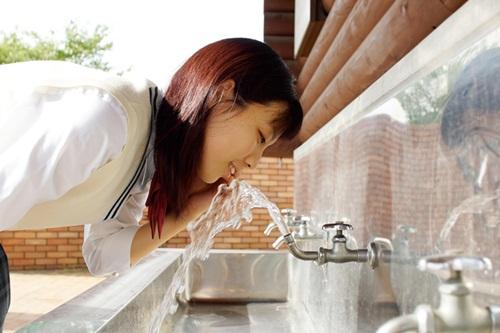 Kwikku, Seperti di Indonesia di Jepang juga ada air siap minum di keran umum