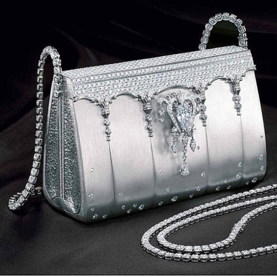 Kwikku, Hermes Birkin Ginza Tanaka terbuat dari  berlian yang harganya Rp  miliar Gak kebayang kalau ada yang copot satu