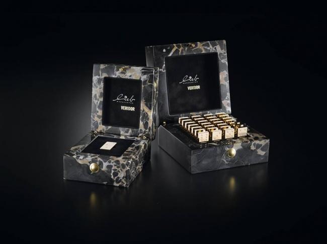 Kwikku, Selanutnya ada domino emas yang dihiasi  berlian seharga Rp  miliar