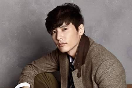 Kwikku, Aktor ganteng Won Bin membelikan orangtuanya sebuah rumah dengan dua lantai yang memiliki arsitektur menarik yang pernah memenangkan Architecture Award
