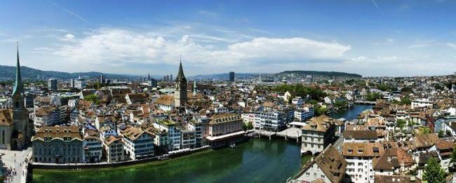 Kwikku, Tampaknya Swiss memang benarbenar negara kaya raya ya pasalnya Zurich juga menjadi salah satu kota terkaya di Swiss Tak heran jika banyak perusahaan jasa keuangan ternama dan Bursa Efek Swiss berada di Zurich   warganya Zurich adalah jutawan