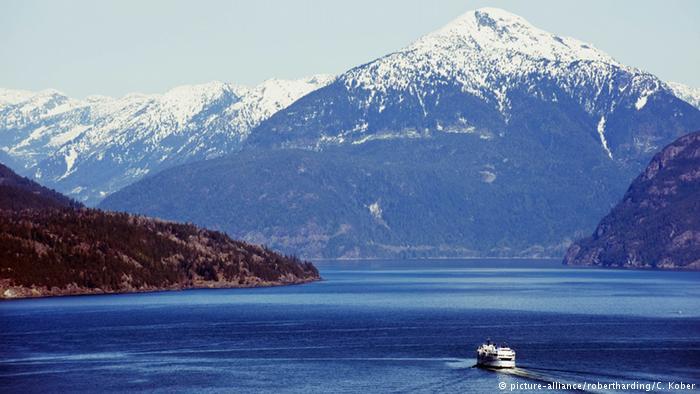 Kwikku, Dan garis pantai terpanjang di dunia dimiliki oleh negara Kanada dengan panjang  km