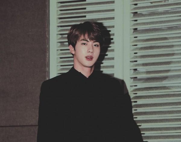 Kwikku, Dibalik penampilan kerennya yang bikin Army klepekklepek Jin BTS ternyata sering banget jadi bulanbulanan member lain ketika sedang free
