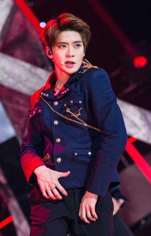 Kwikku, Jaehyun NCT juga jadi salah satu idol yang tinggi banget ia memiliki tinggi badan  cm