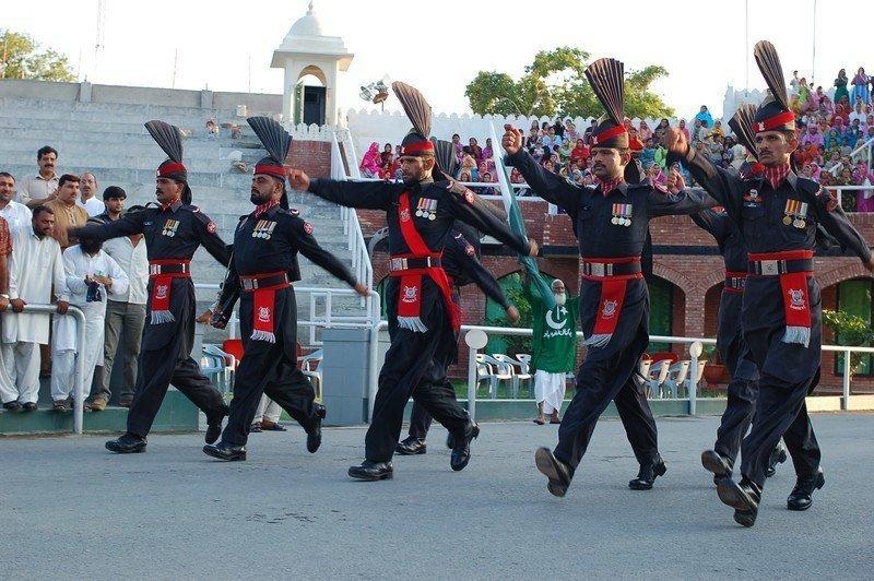 Kwikku, Pasukan penjaga perbatan dengan seragam menarik ini bisa kita temui saat berkunjung ke Pakistan