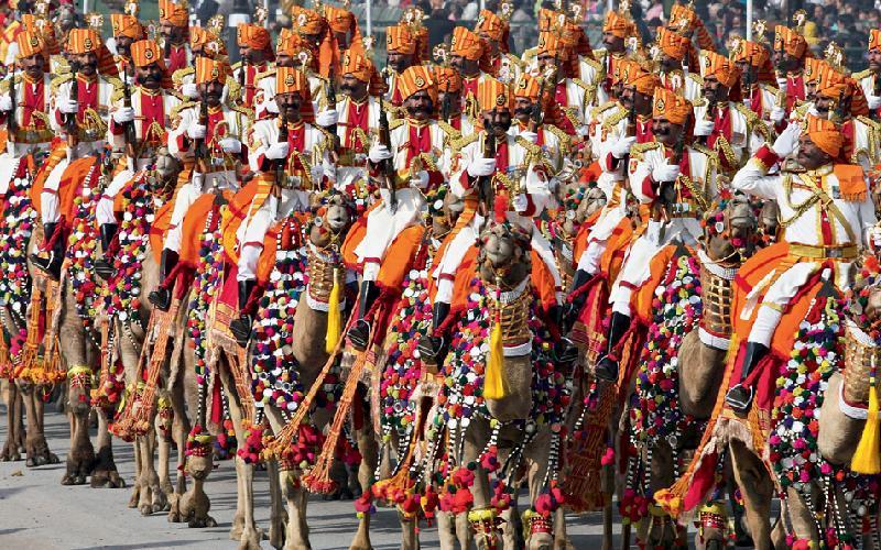 Kwikku, Selanjutnya ada seragam miliki tentara India yang rame banget dengan berbagai ornamen tambahan yang dipakai mereka