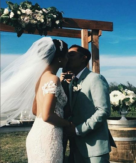 Kwikku, Saat ini mereka sudah resmi menjadi pasangan suami istri dan telah mengikrarkan janji sehidup semati kepada Tuhan Tak lupa juga mereka sempat melakukan wedding kiss dihadapan banyak tamu