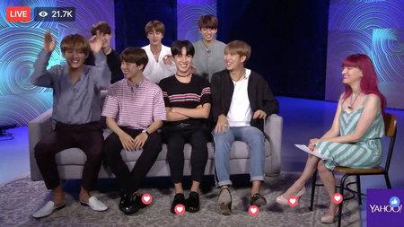 Kwikku, Jungkook BTS sering mengatakan bahwa ia ngefans dengan IU diberbagai acara yang ia hadiri Dalam sebuah acara penghargaan Jungkook bekesempatan untuk duduk disamping IU Namun ia tidak berani menatap langsung idolanya tersebut