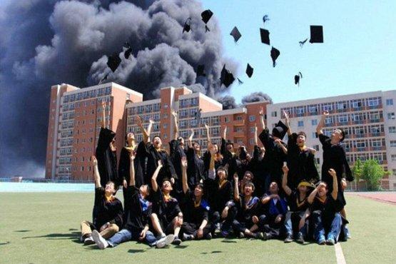 Kwikku, Aduh berani banget ya sempat foto di sekitar kebakaran dahsyat