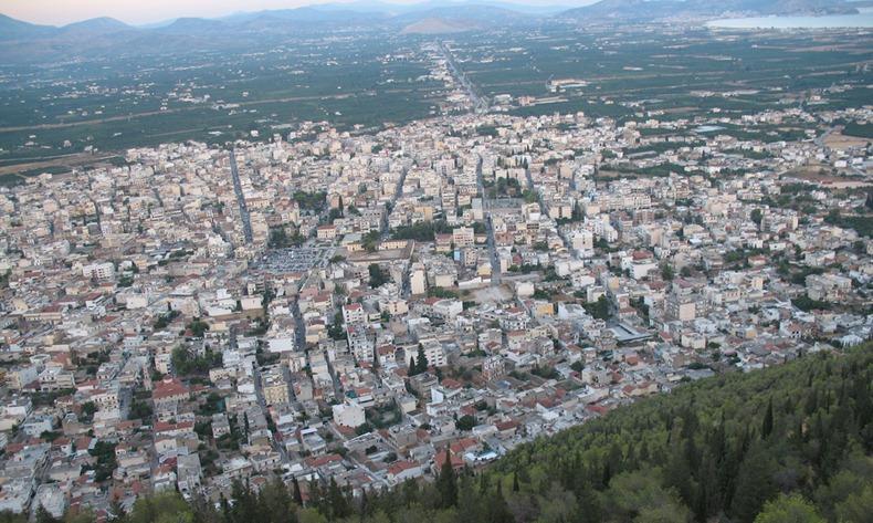 Kwikku, Kota Argos yang berada di Yunan diyakini sudah dihuni manusia sejak  SM Kota ini memiliki daratan yang subur dan letak yang strategis