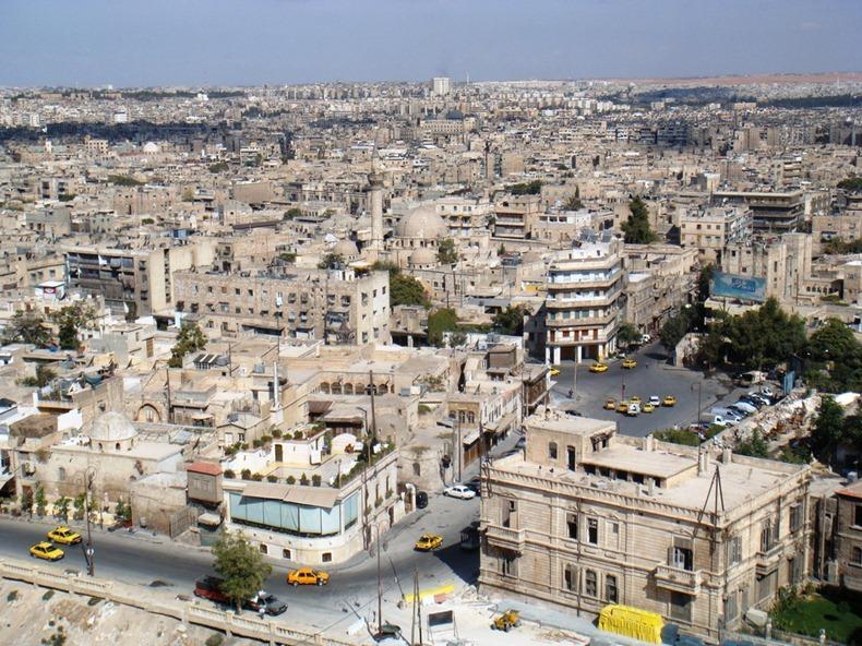 Kwikku, Aleppo yang berada di Suriah dihuni manusia sejak  SM Kota ini memiliki letak strategis karena berada di jalur perdagangan