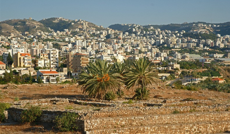 Kwikku, Byblos terletak di Lebanon  km sebelah utara Beirut Diyakini Byblos juga sudah dihuni sejak  SM