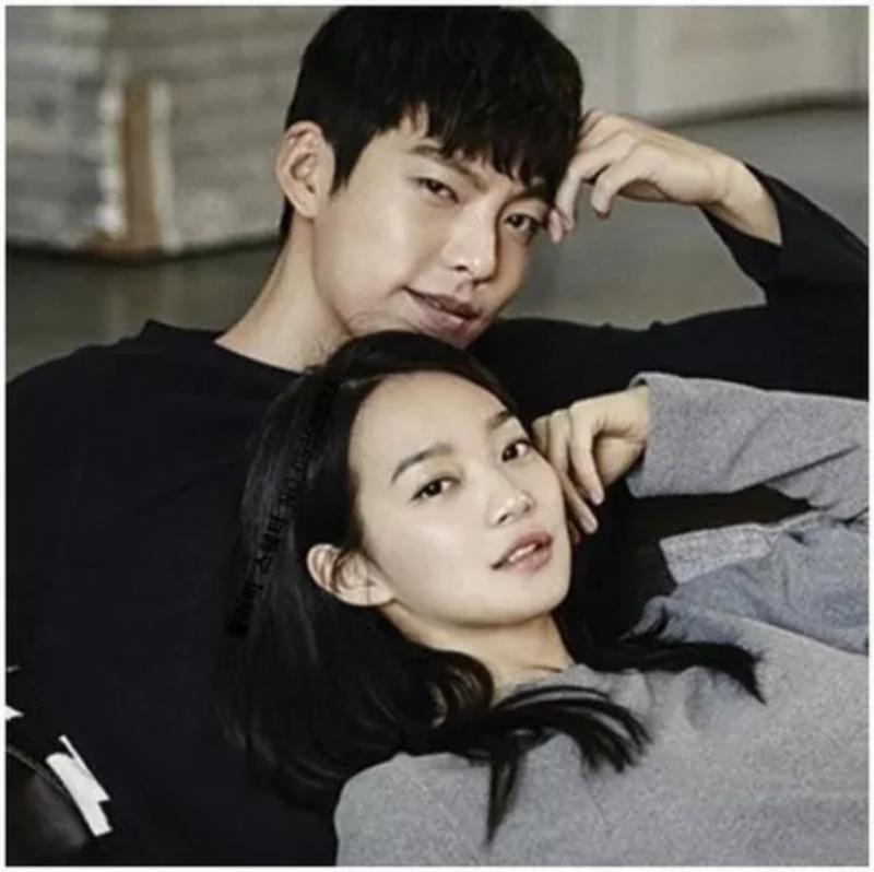 Kwikku, Kisah cinta Shin Min Ah yang tengah menemani Kim Woo Bin yang sedang sakit saat ini berhasil mendapatkankan perolehan suara