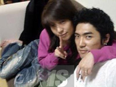 Kwikku, Pada tahun  lalu publik dikagetkan dengan menyebarnya foto BoA dan Danny Ahn yang kena hack Mereka pun juga berkilah tidak mengakui ada sesuatu diantara keduanya