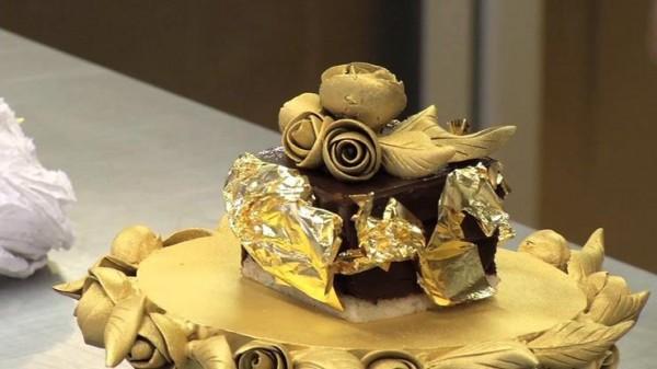 Kwikku, Feberge Chocolate Pudding menjadi makanan termahal ke Selain bahan puding makanan ini terdiri dari dedaunan emas dan sampanye caviar dan dihargai Rp  juta
