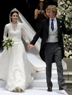 Kwikku, Seorang pengacara dan model bernama Alessandra de Osma telah dinikahi oleh pangeran Christian yang tak lain berasal dari Hanover Jerman Keduanya bertemu pertama kali saat Alessandra menjadi pemandu wisata untuk Pangeran tersebut di Peru